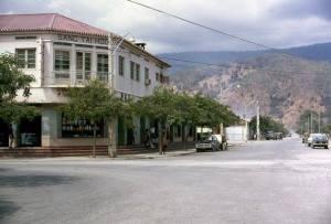 SANG-TAI-HOO-Sebuah-Toko-Di-Dili-Pada-Zaman-Kolonial-Portugal-Tahun-1970an